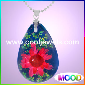 Resin Amber Mood Teardrop Flower Necklaces