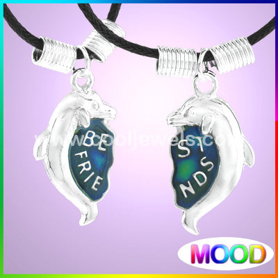 BEST FRIENDS MOOD DOLPHIN NECKLACE