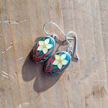 Load image into Gallery viewer, Plumeria Earrings