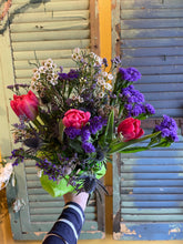 Load image into Gallery viewer, Hand-tied bouquet