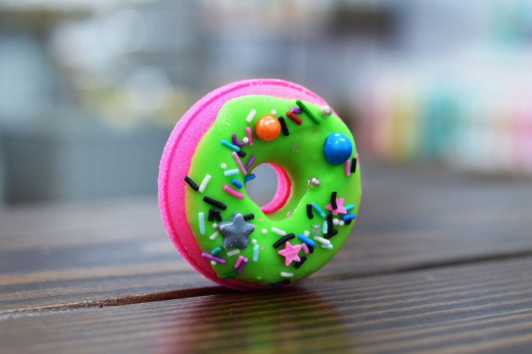 Bubble Gum Mini Donut Bath Bomb