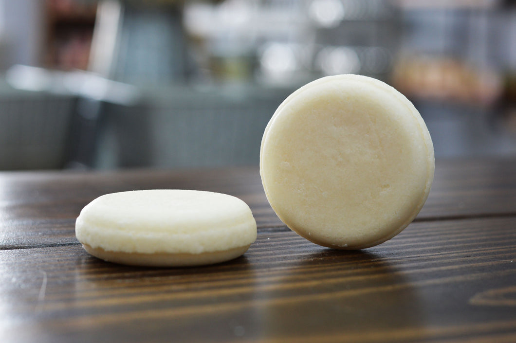 Oatmeal Milk & Honey Shampoo Bar