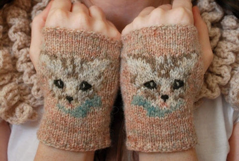 Meow Mitts Knitting Pattern | Tiny Owl Knits