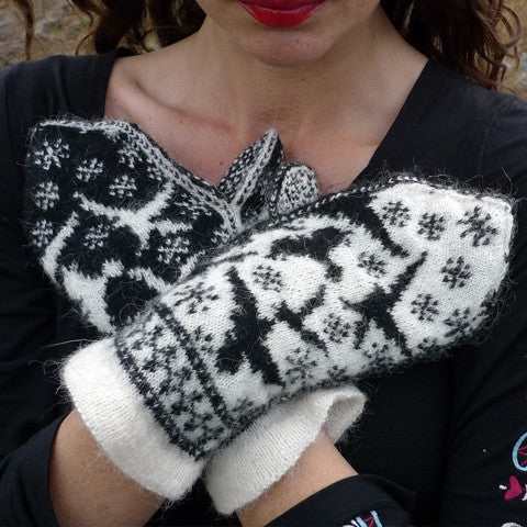Ravens in Snow Mittens Knitting Pattern | Stephanie Tallent