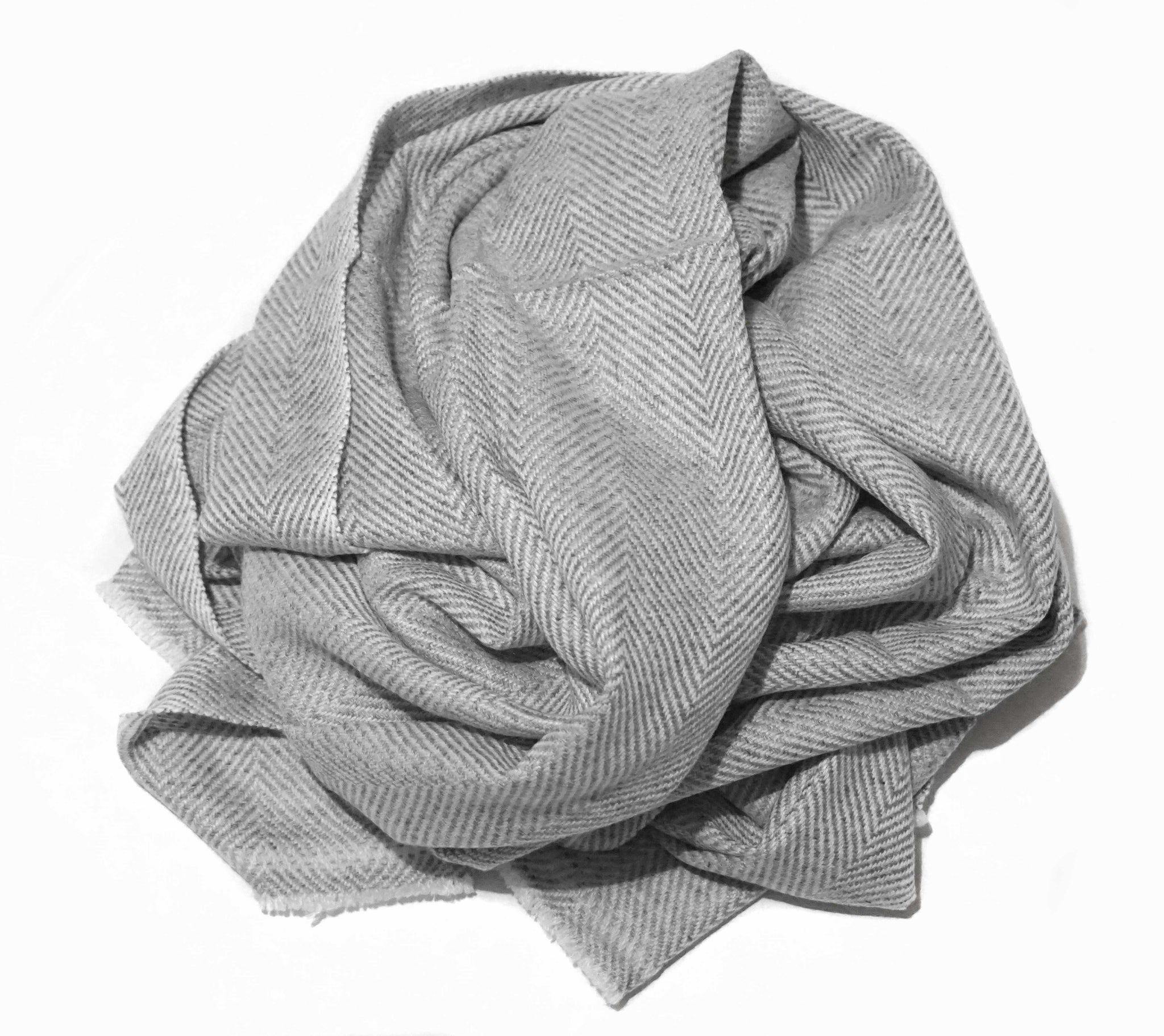 Thick and sumptuous cashmere scarf. A beautiful idea for a perfect gift - Marie-Pierre Rousseau