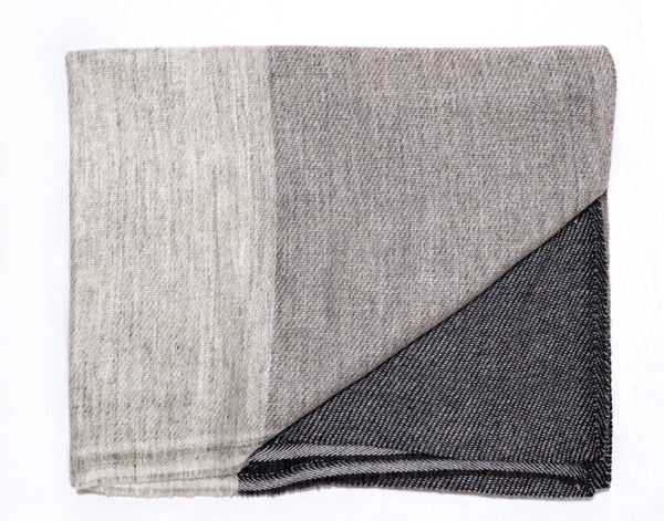 Black grey and off white refined cashmere scarf. Men's scarf  - Marie-Pierre Rousseau