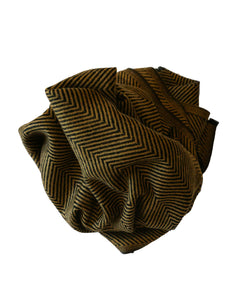 Handmade shawl made with cashmere. Unisex scarf for an urban look - Marie-Pierre Rousseau