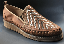 Load image into Gallery viewer, Womens Leather Inter woven design Pattern Mexican Shoes. Zapatos de Hombre, Brown Color