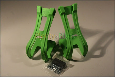Wellgo Plastic Toe Clips - Plenty of Bikes