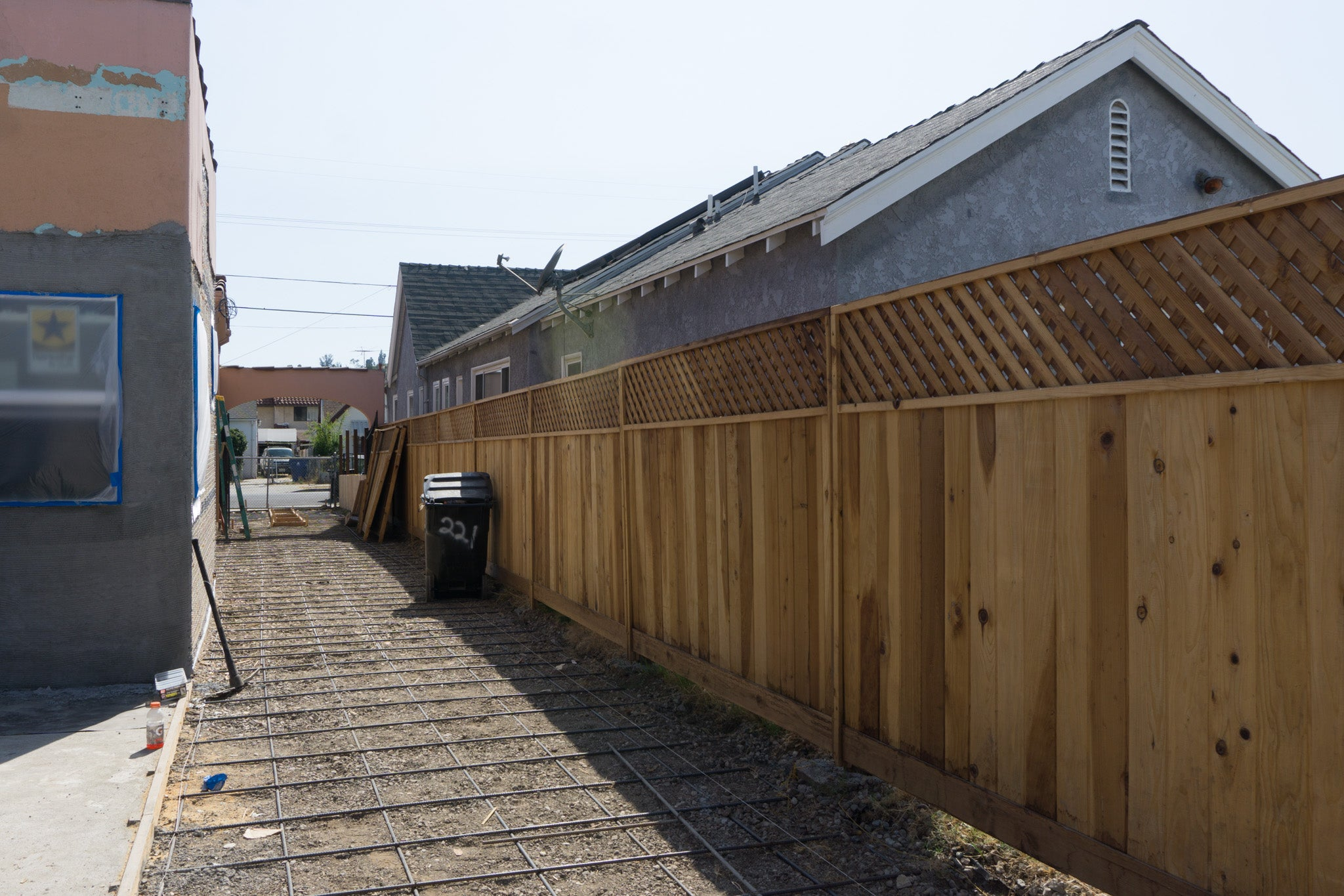 Recess Flip Highland Park House Drywall Installation Fence