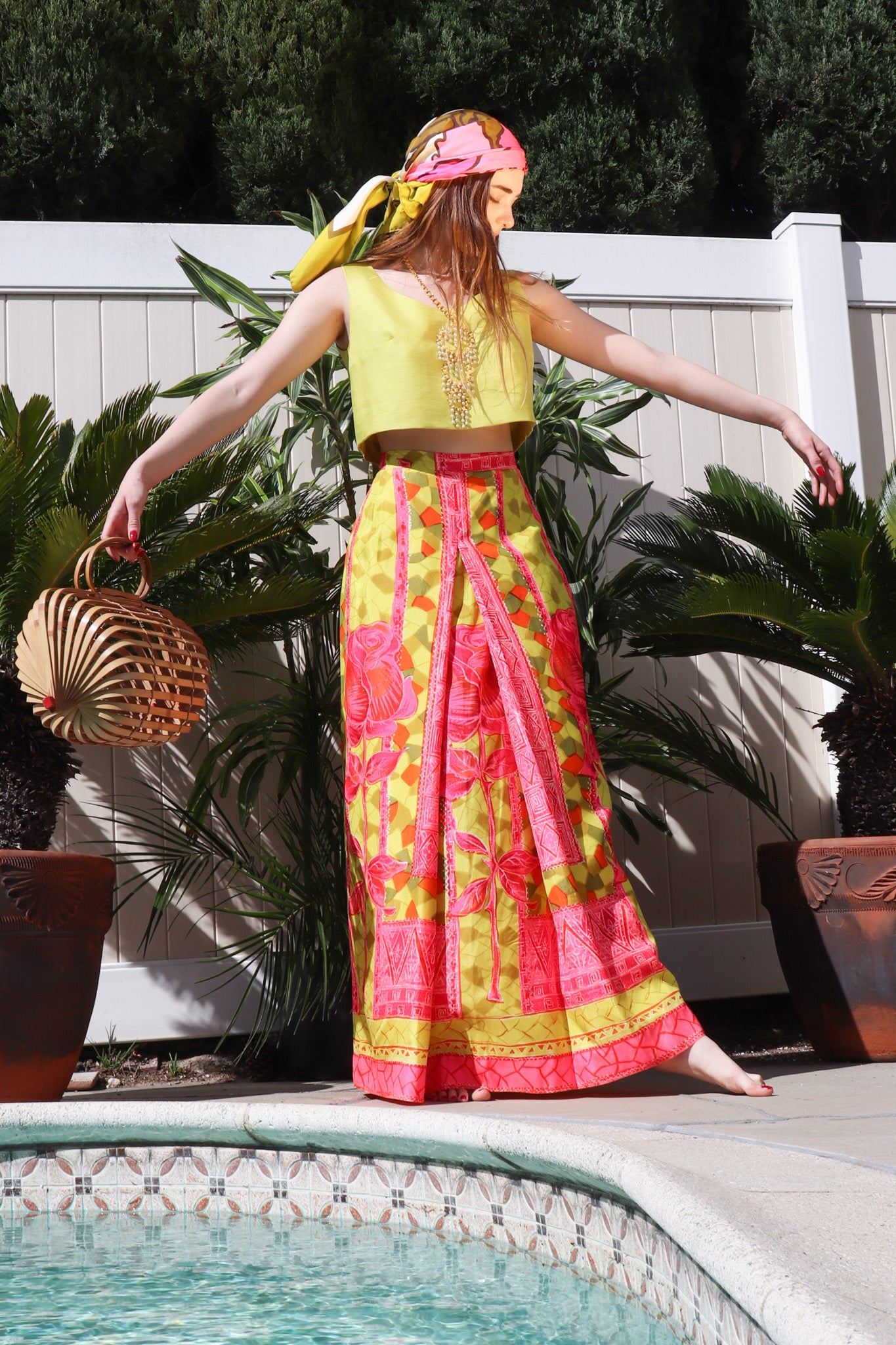 Recess Los Angeles Vintage Desert Resort Palm Springs Weekend Getaway Geno California Tiki Rose Skirt Set