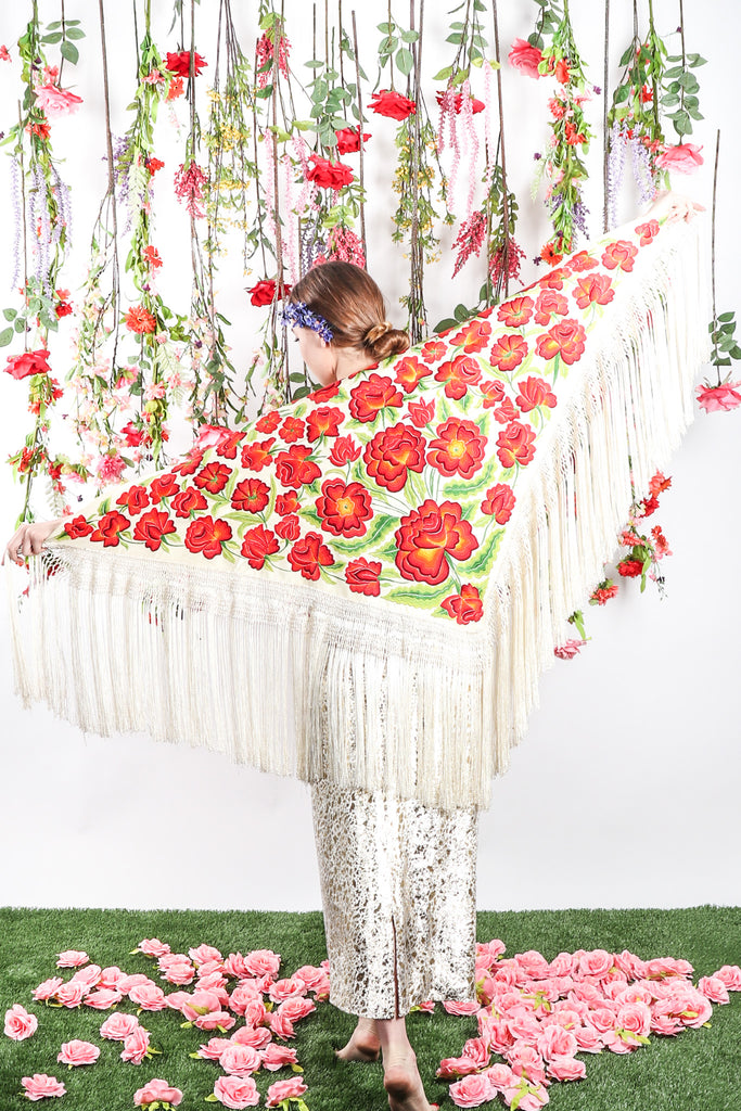 Recess Los Angeles Vintage Consignment DressCode Flower Shower Groundbreaking Spring Florals Devil Wears Prada Piano Shawl