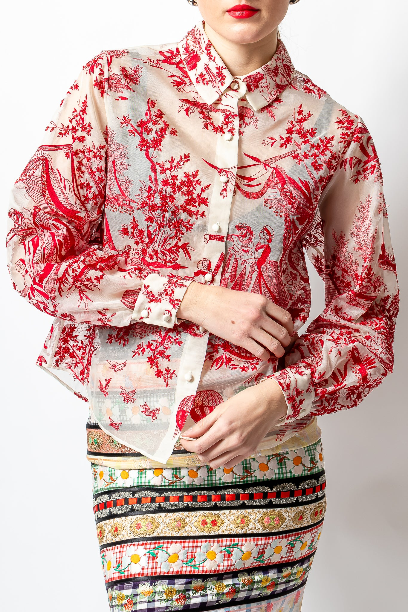 Girl wearing red Oscar de la Renta couture embroidered toile blouse & Moschino skirt @ Recess LA