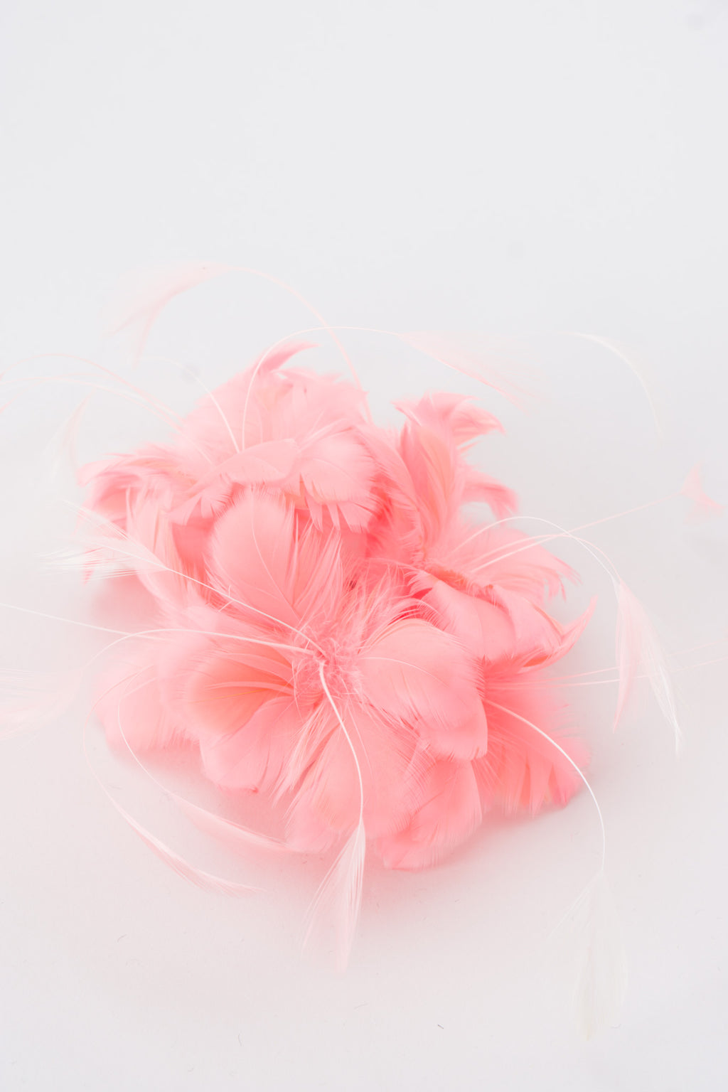 Givenchy Feather Bomb Flamingo Haircomb
