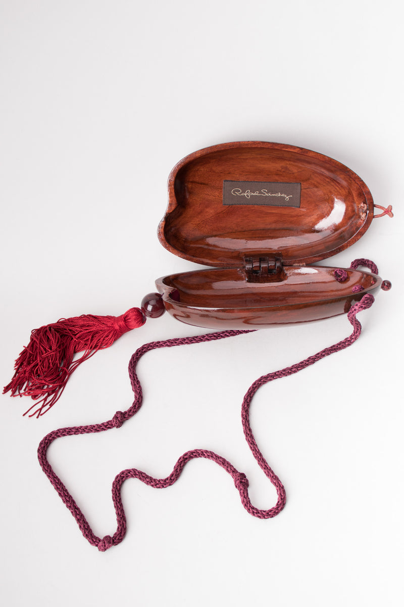 Rafael Sanchez Wooden Cacao Pod Clam Shell Purse Shoulderbag