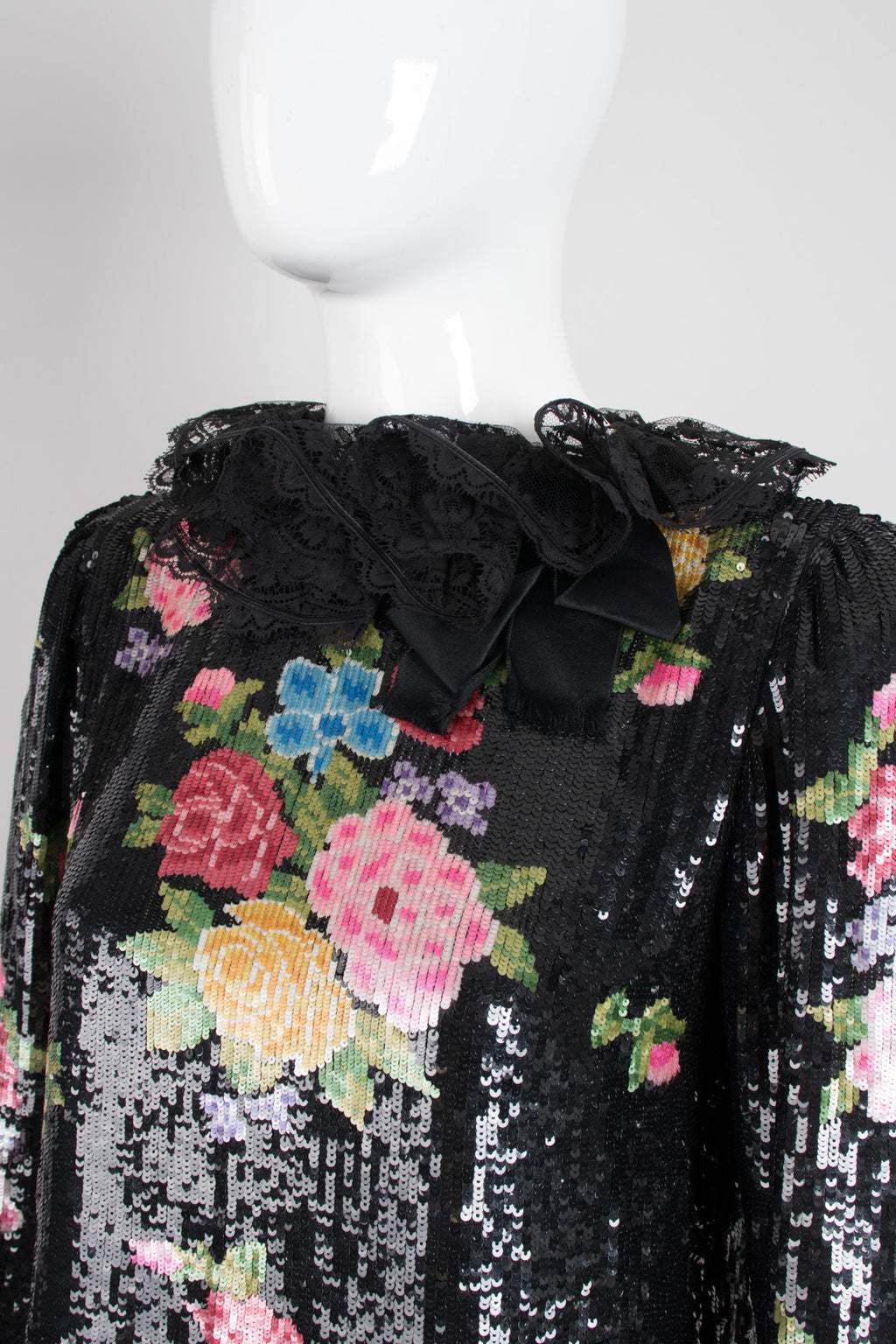 Oscar de la Renta Floral Sequined Needlepoint Ruffle Top
