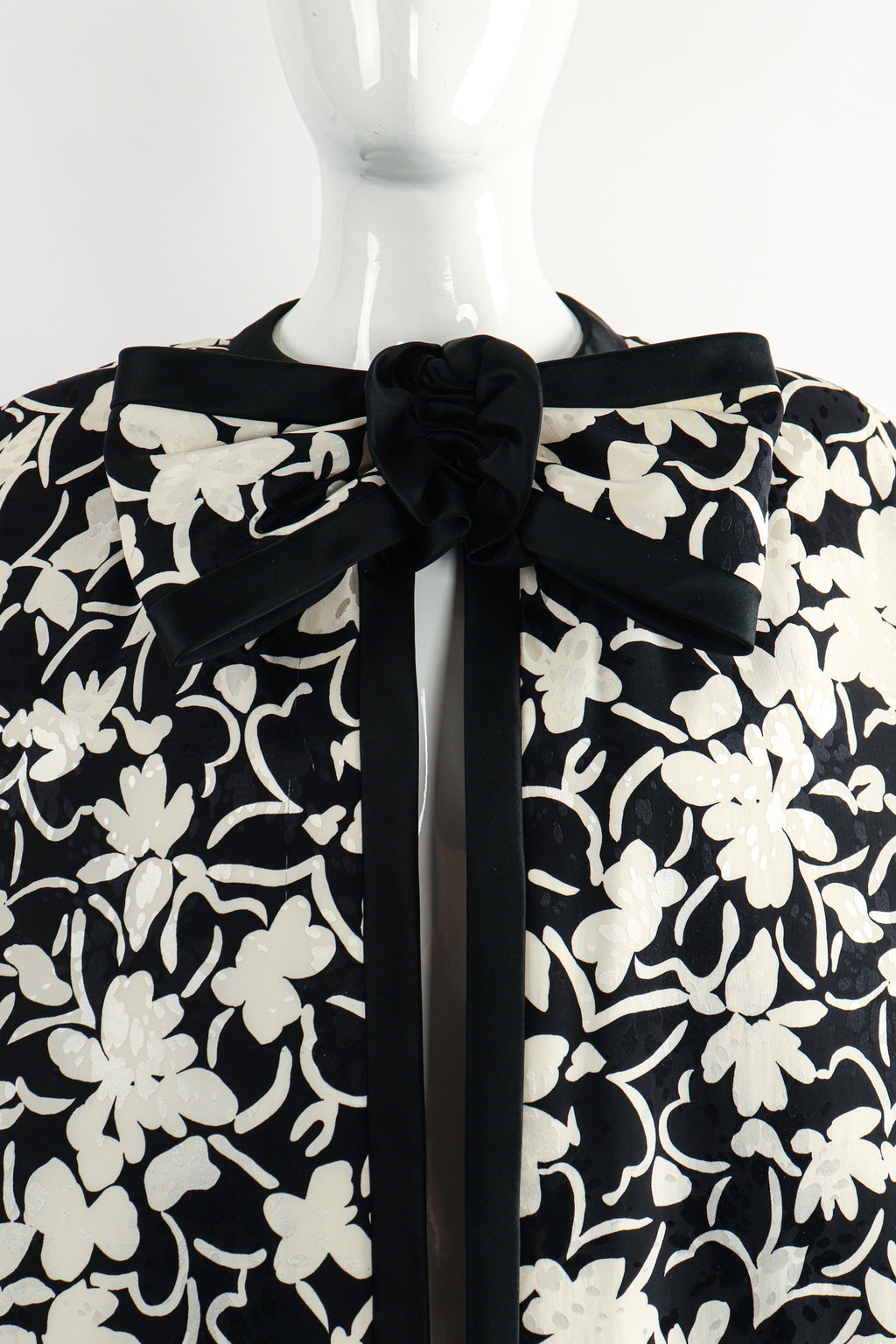 Vintage Touch of Paris by Carmen Zweig Silk Floral Bow Cape on Mannequin neck detail at Recess