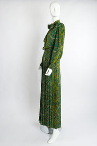 Vintage Adolfo Green Paisley Palazzo Pant Set on Mannequin side at Recess Los Angeles
