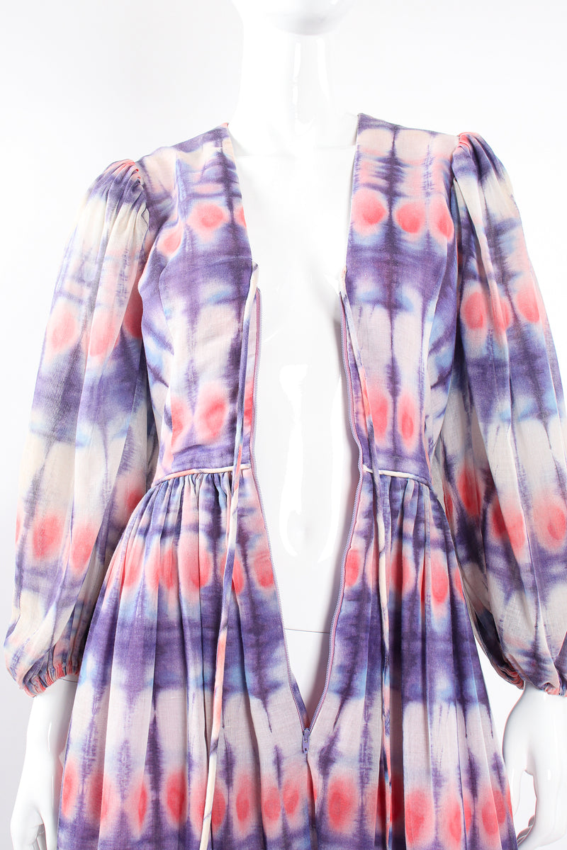 Vintage Bill Tice Royal Robes Magnin Tie Dye Balloon Sleeve Dress on Mannequin bodice @ Recess LA