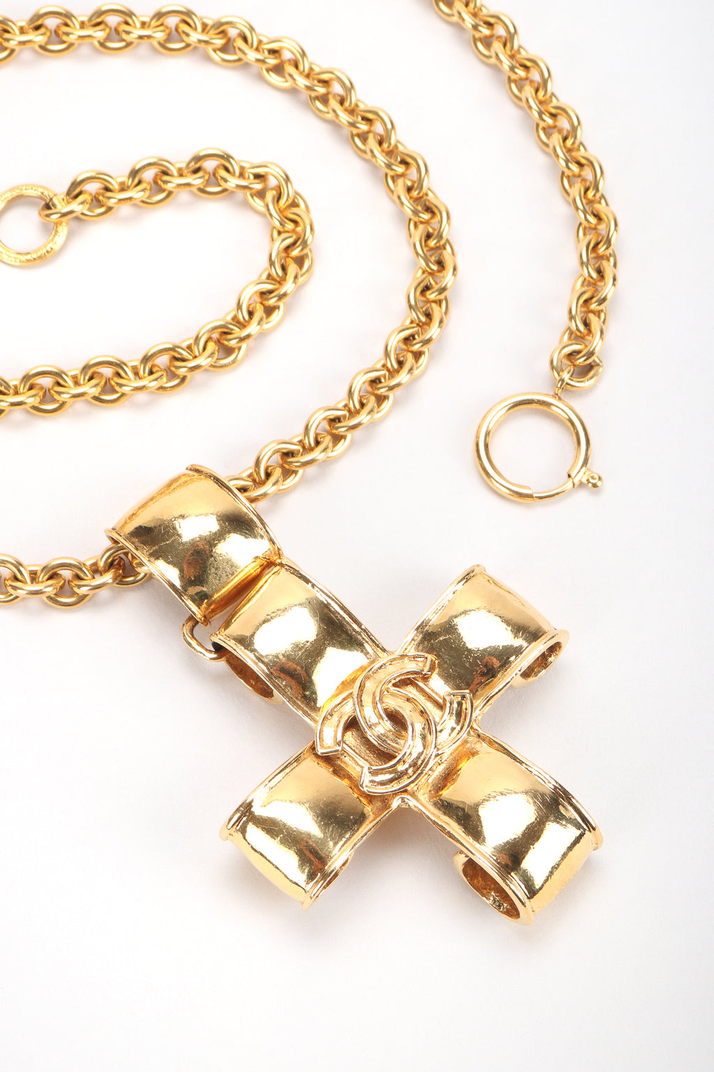 Recess Designer Consignment Vintage Chanel Ribbon CC Logo Cross Pendant Necklace Los Angeles Resale