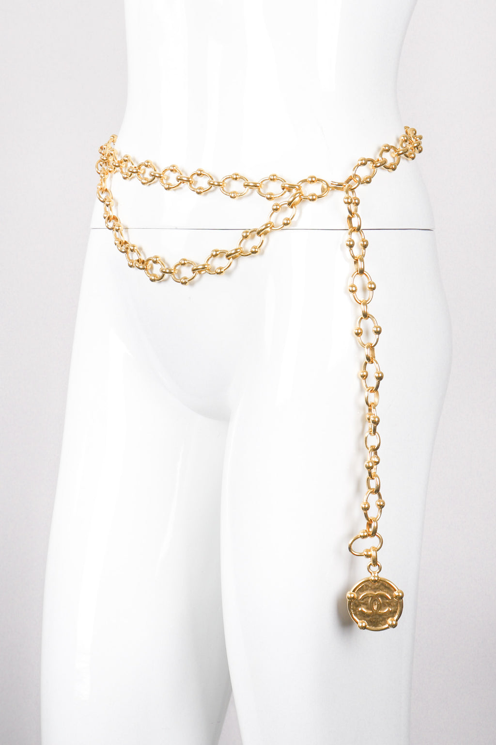 Vintage Chanel CC Medallion Ball Link Gold Chain Belt Recess Los Angeles LA