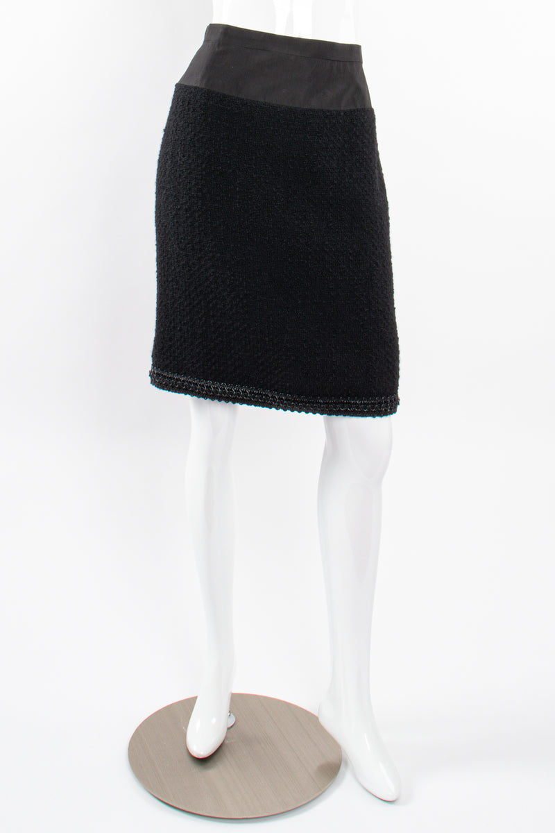 Vintage Chanel SS 1994 Runway Jelly Bow Bouclé Jacket & Skirt Set on Mannequin skirt frt @ Recess