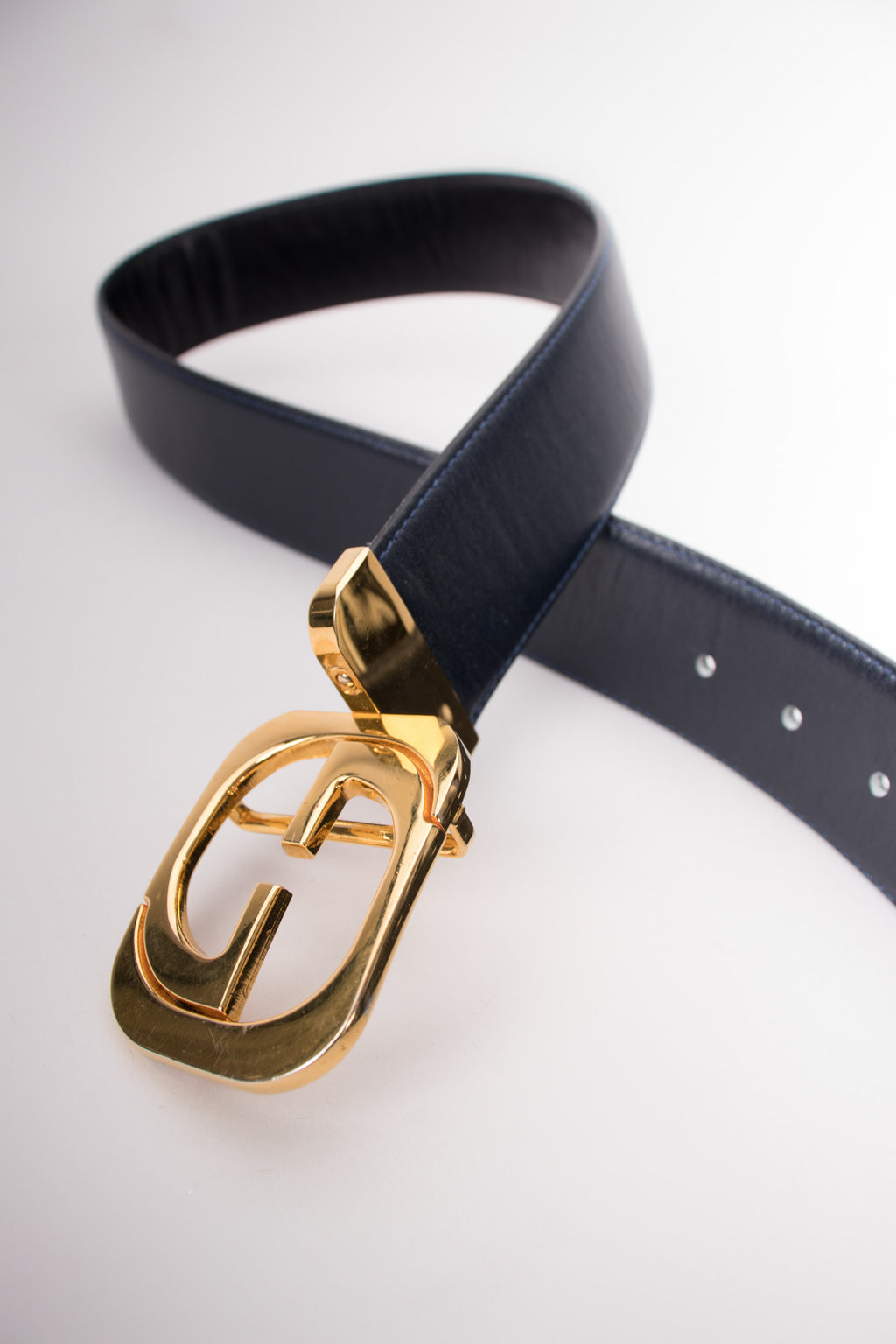 Gucci Vintage Interlocking GG Reversible Leather Belt