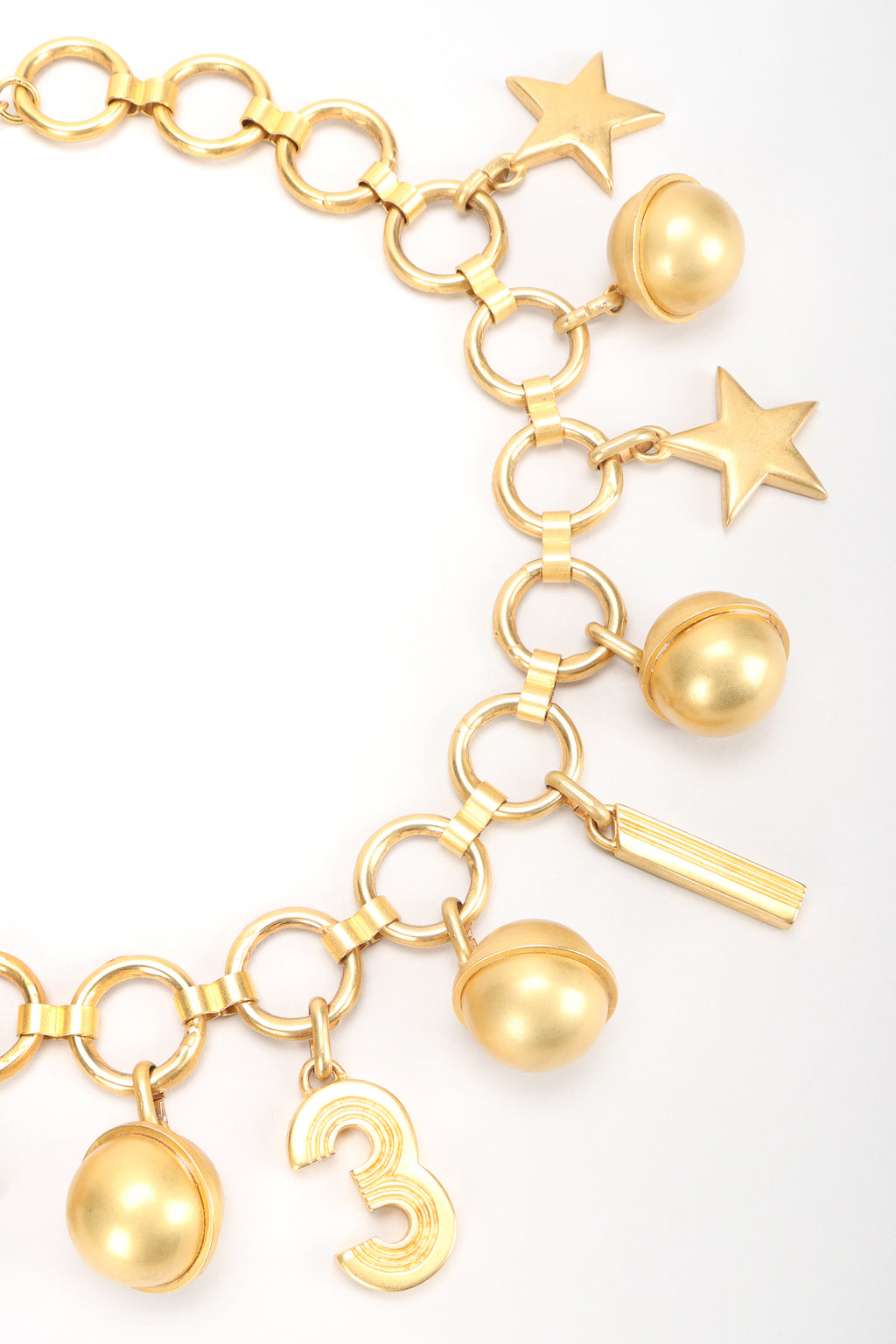 Recess Designer Consignment Vintage Escada Laurél Star Charm Globe 31 Collar Necklace Los Angeles Resale