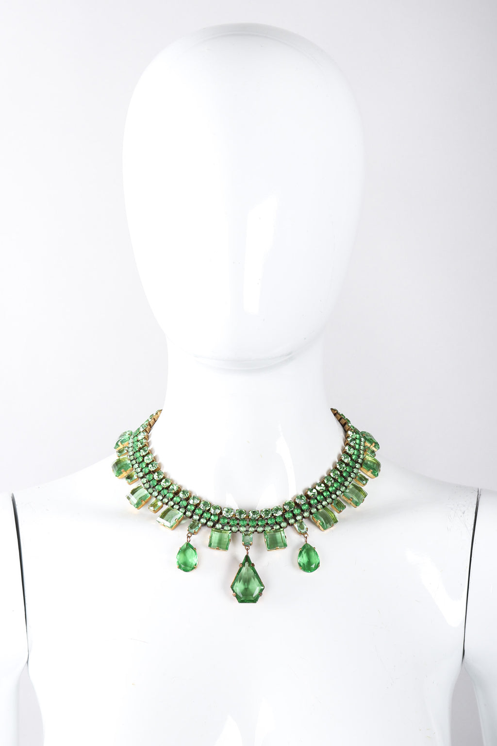 Recess Los Angeles Vintage Designer Lilien Czech Green Rhinestone Glass Collar Necklace