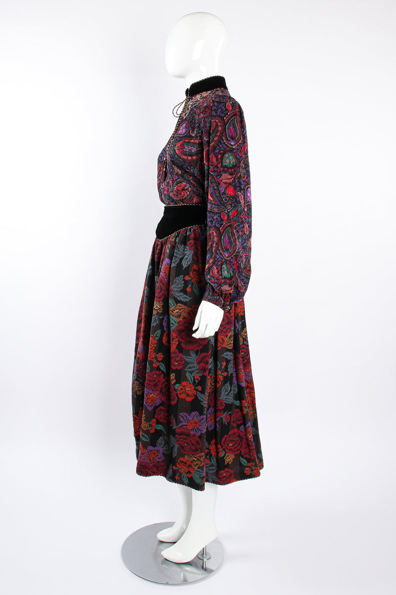 Vintage Miss O Oscar de la Renta Floral Paisley Blouse & Skirt Set on Mannequin side @ Recess LA