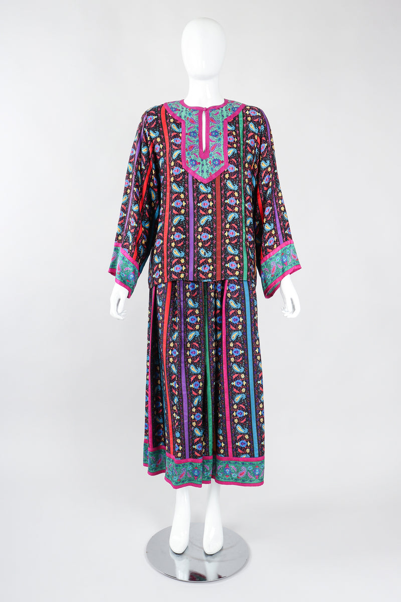 Recess Los Angeles Designer Consignment Vintage Miss O Oscar de la Renta Paisley Stripe Peasant Blouse & Skirt Set
