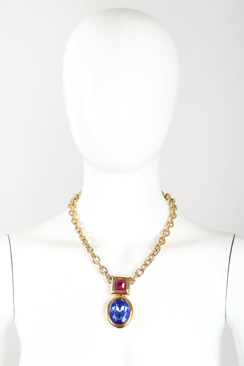 Recess Designer Consignment Vintage Monet Gemstone Chain Pendant Costume Jewelry Los Angeles Resale