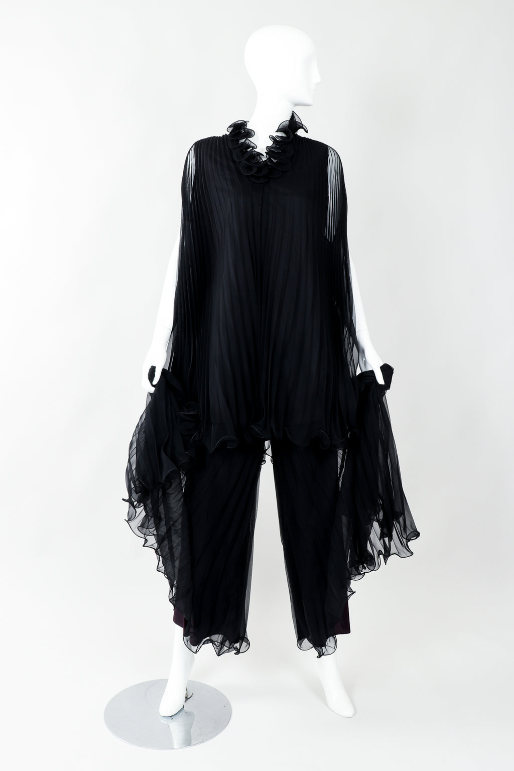 Vintage Bullocks Wilshire Pleated Chiffon Top & Palazzo Pant Set on Mannequin Curtsy at Recess