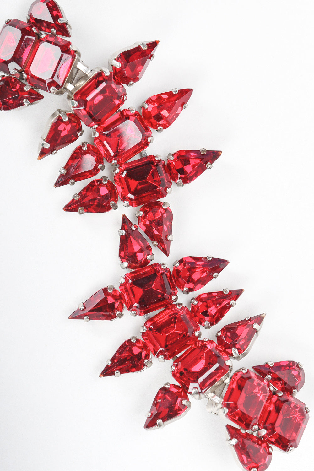 Recess Designer Consignment Vintage Ruby Rhinestone Crystal Pointed Spike Tear Drop Earrings Los Angeles Resale