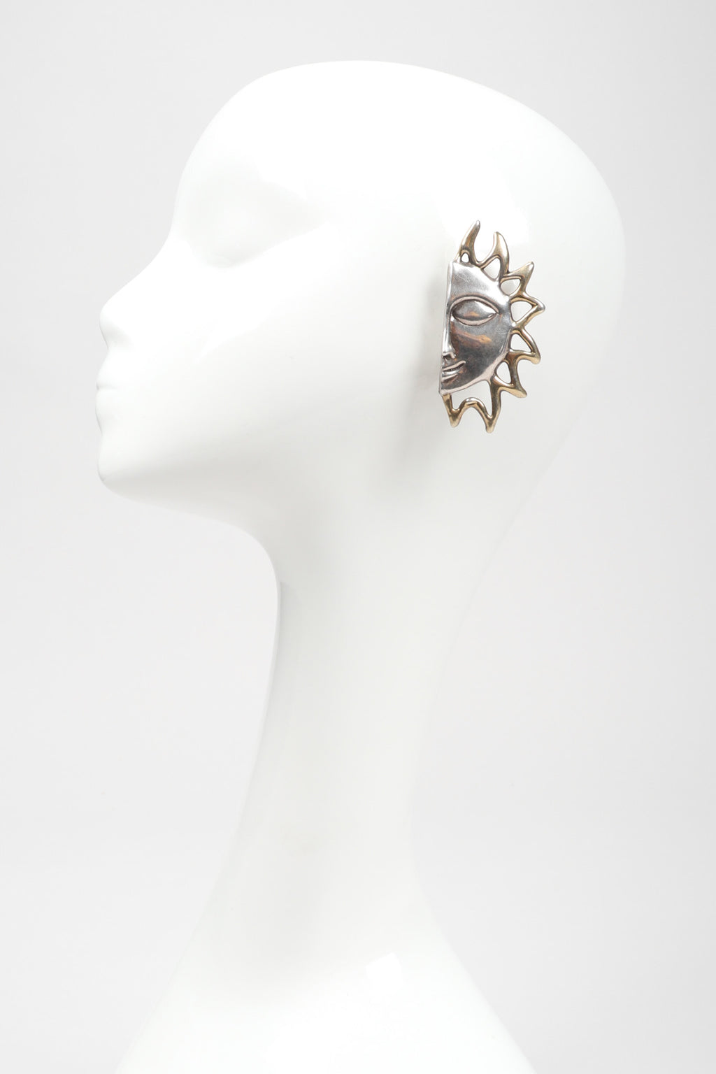 Recess Los Angeles Vintage 925 Sterling Silver Celestial Sun Face Earrings