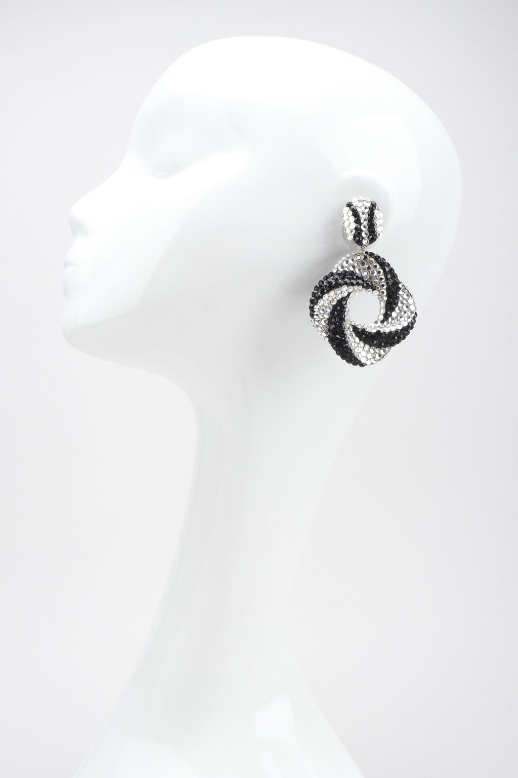 Recess Los Angeles Designer Consignment Vintage Richard Kerr Rhinestone Crystal Swirl Hoop Earrings