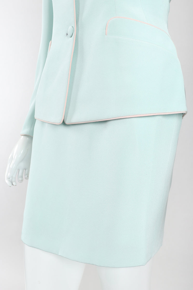 Recess Designer Consignment Vintage Richard Tyler Contrast Piped Mint Jacket & Skirt Set Los Angeles Resale Recycled