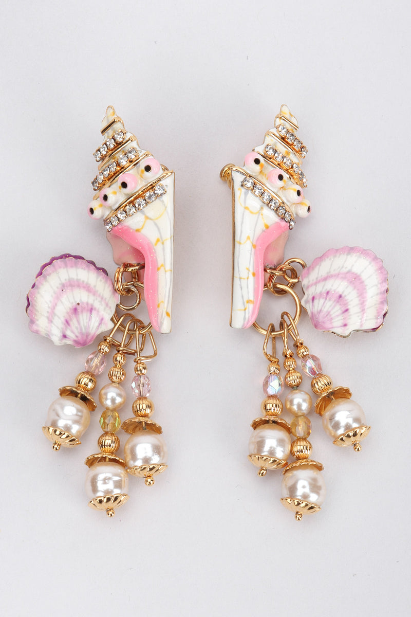 Recess Los Angeles Vintage Lunch At The Ritz Snacks Clamdigger Shell Chandelier Earrings