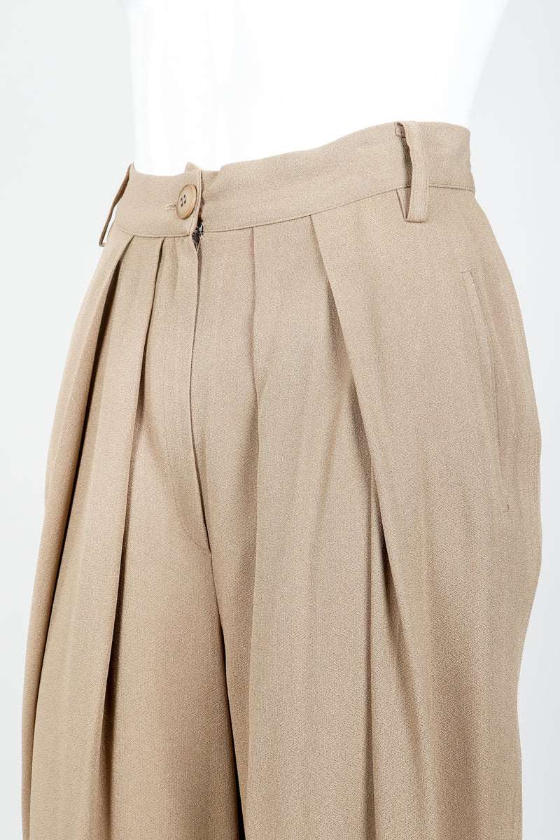 Vintage Sonia Rykiel Taupe Pleated Crepe Pant on Mannequin Pleat detail at Recess
