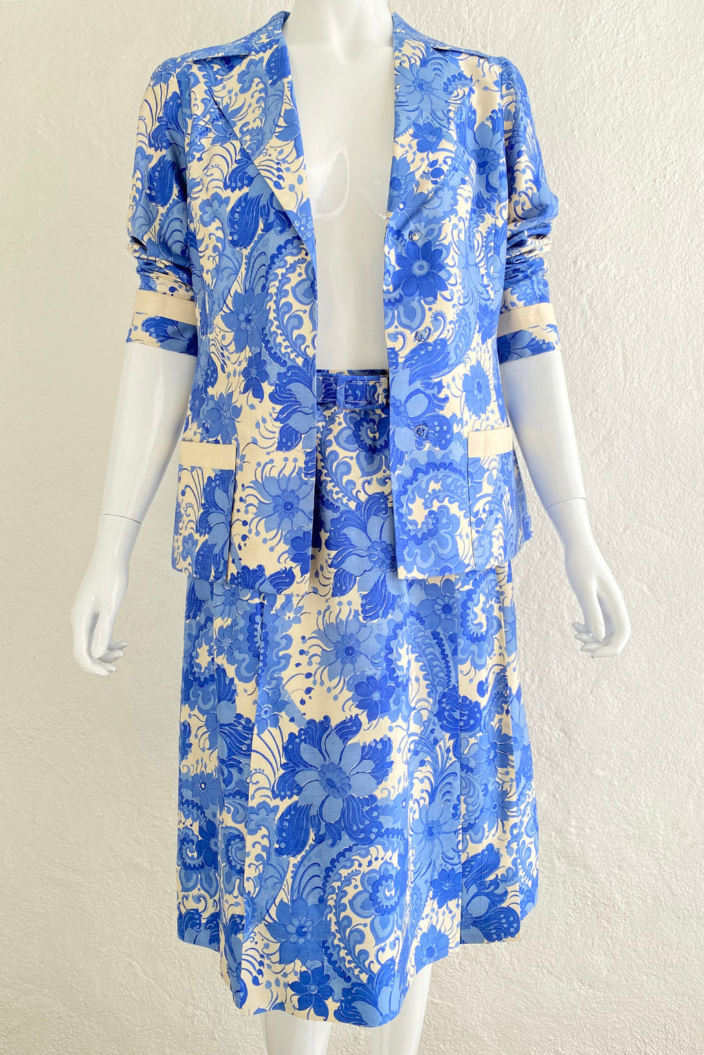 Vintage Star of Siam Silk Floral Jacket & Skirt Set on Mannequin front open at Recess Los Angeles