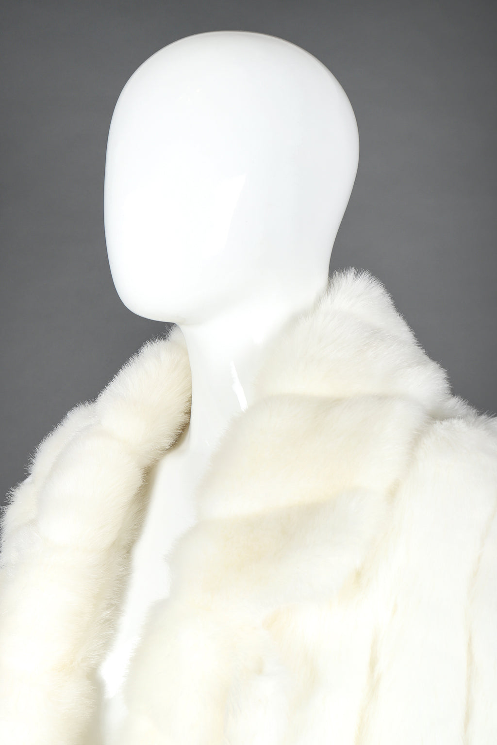 Recess Designer Consignment Vintage Terry Lewis Majestic Faux Fur Mink Coat Los Angeles Resale
