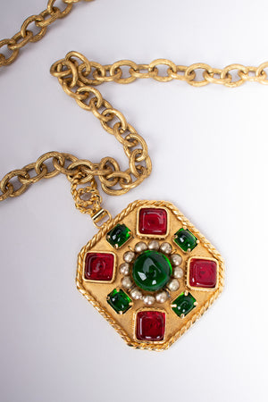 Chanel 2005 Gripoix Ruby Emerald Cabochon Medallion Pendant Necklace