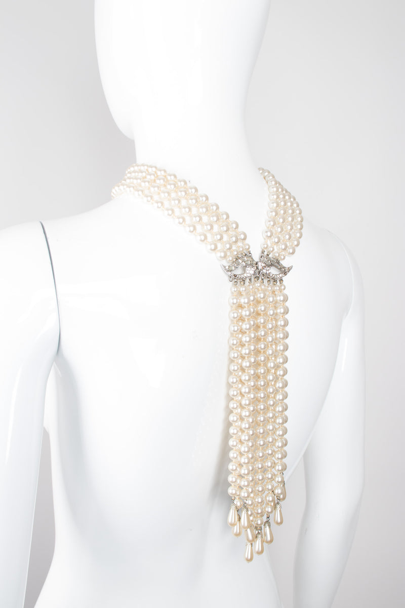 Vintage Waterfall Pearl Neckerchief Necklace Lariat Bolo Tie