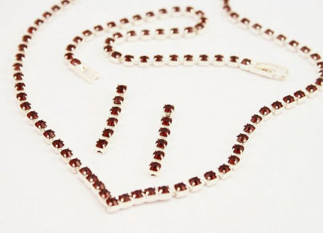 Ruby 'V' Necklace Set - Swarovski Crystal