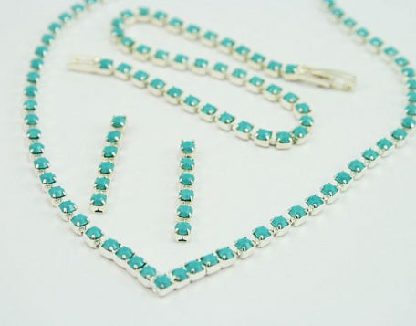 Turquoise Diamante 'V' Jewellery Set