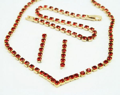Indian Red Crystal 'V' Jewellery Set