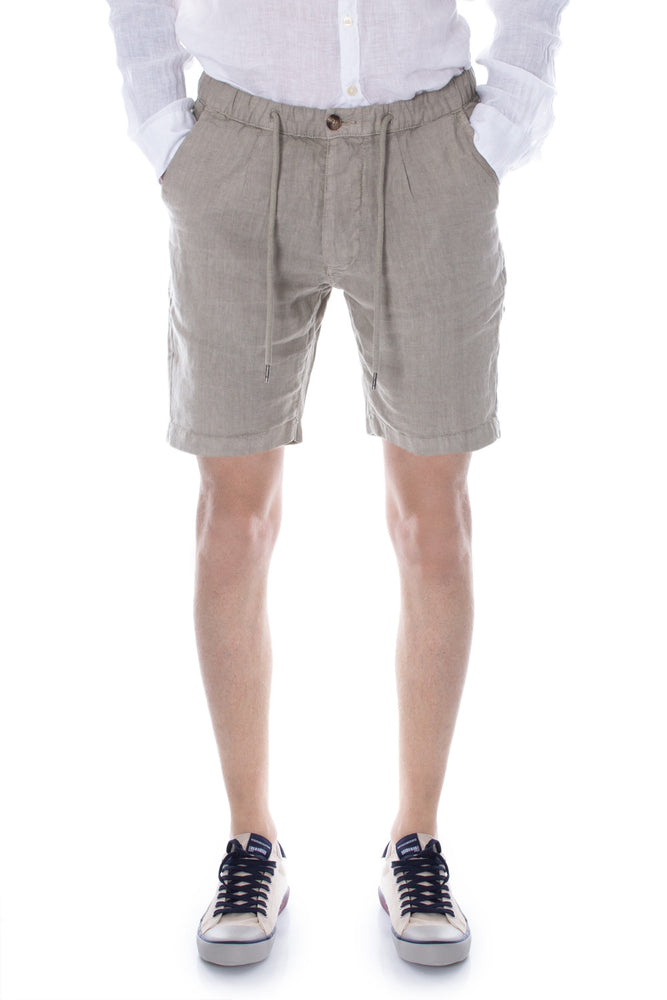 Hydra Clothing Men Shorts