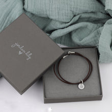 Load image into Gallery viewer, Heart Burst Leather Bracelet