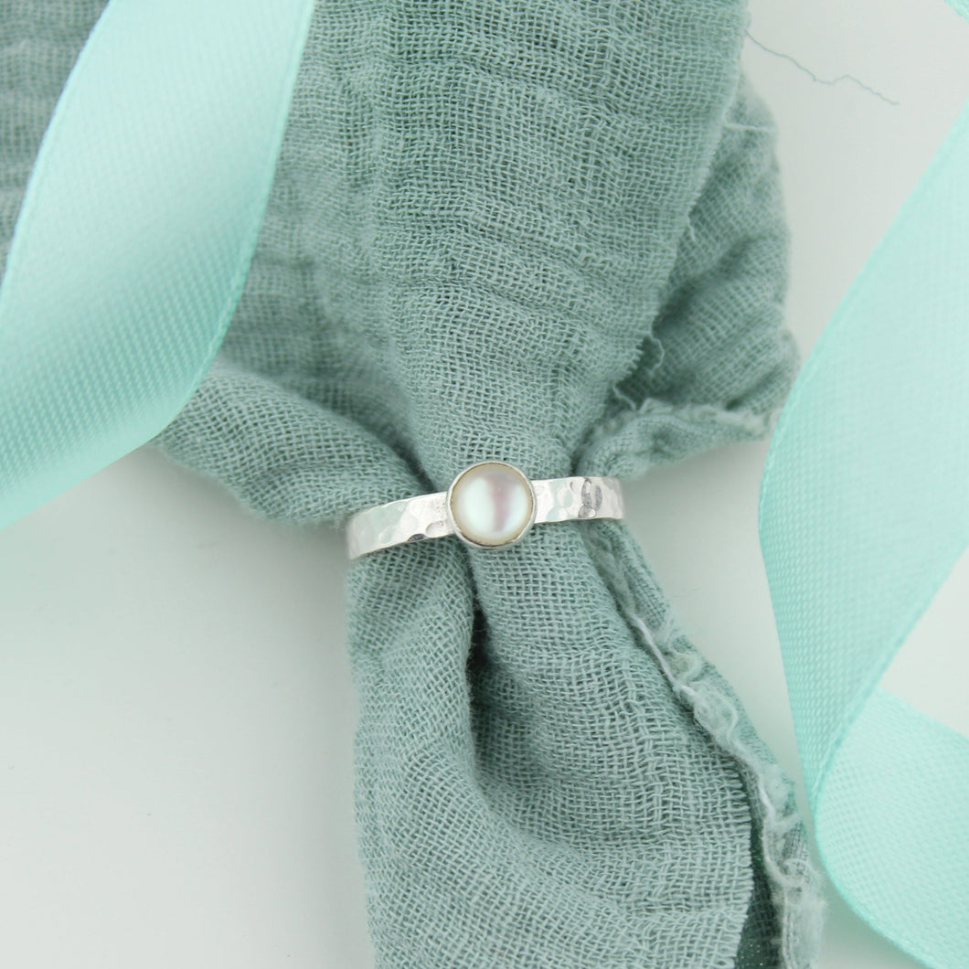 Silver Mother of Pearl Gemstone Ring
