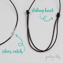 Load image into Gallery viewer, Silver and Leather Circle Necklace